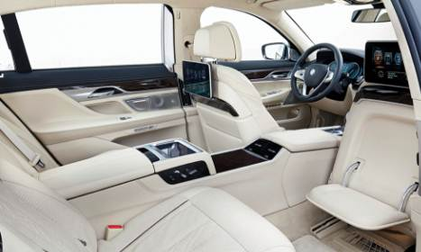 2016 BMW 740i Review