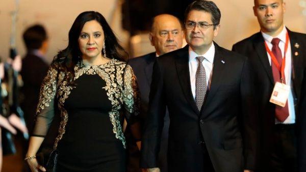 Presidente de Honduras resulta positivo a la Covid-19