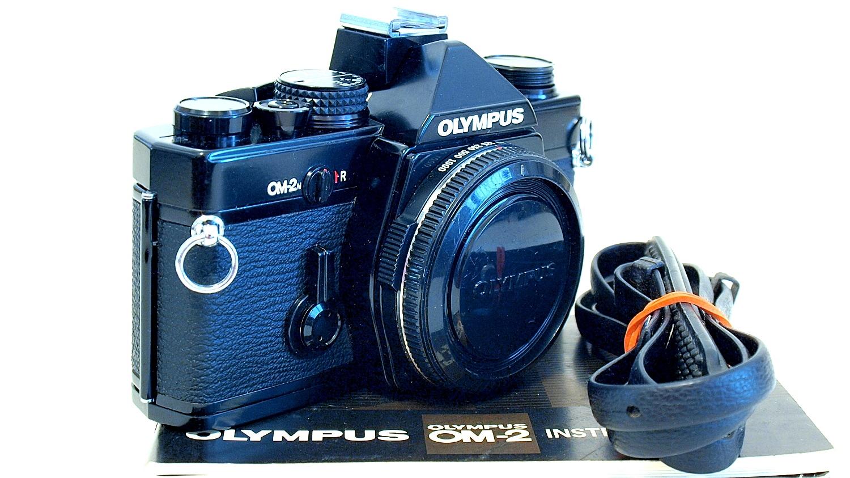 Olympus OM-2n (Black) Body #327