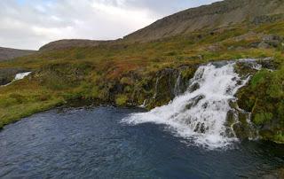 Cascada de Hrísvadsfoss. Fiordos del Oeste, Islandia. West Fjords, Iceland.