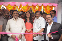 Catherine Tresa in Orange Kurti top and Plazzo at Launches B New MobileStore at Kurnool 10.08.2017 003.JPG