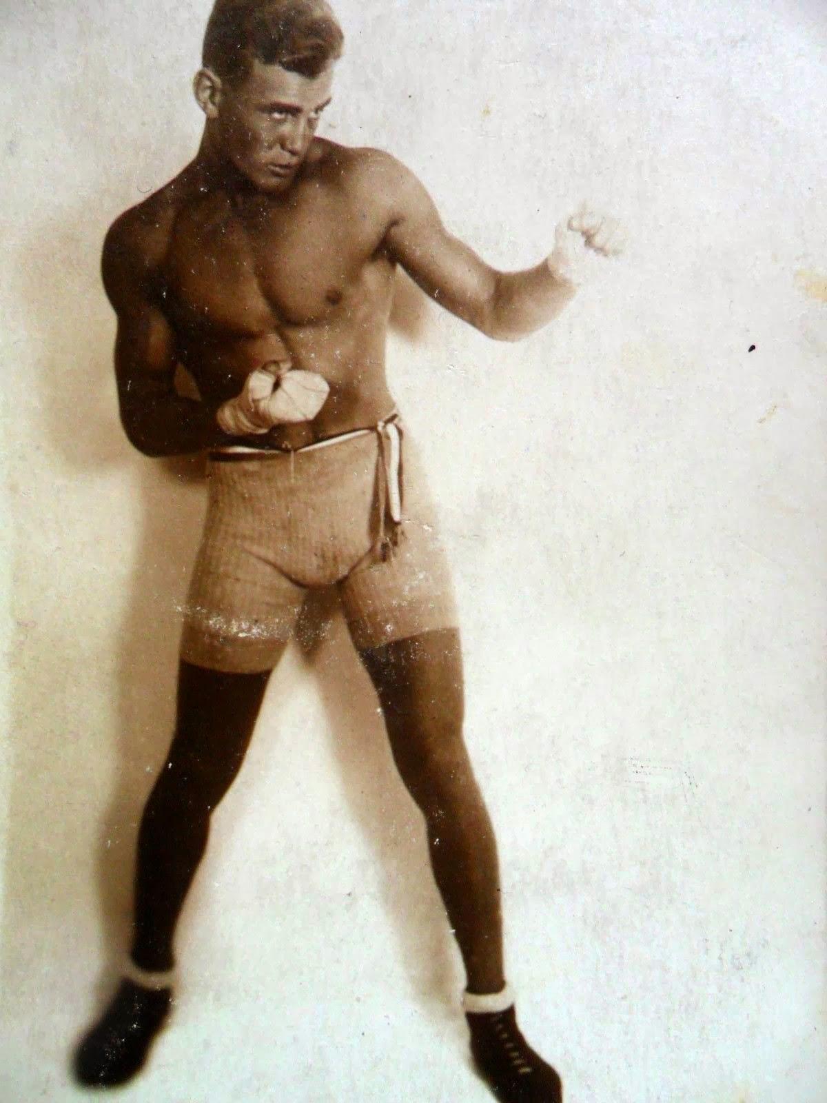 Vintage Boxer 44