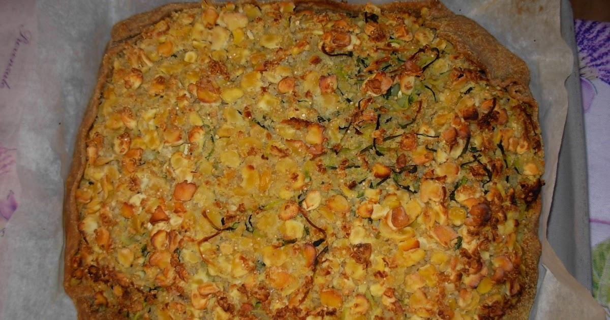 Torta salata con cicerchie quinoa e zucchine