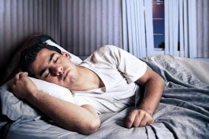 Alasan Pria Langsung Tertidur Setelah Bercinta