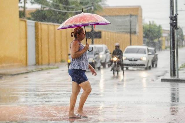 Cariri e Ibiapaba registram chuvas na manhã deste sexta