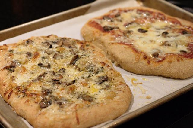 Country dough pizzas