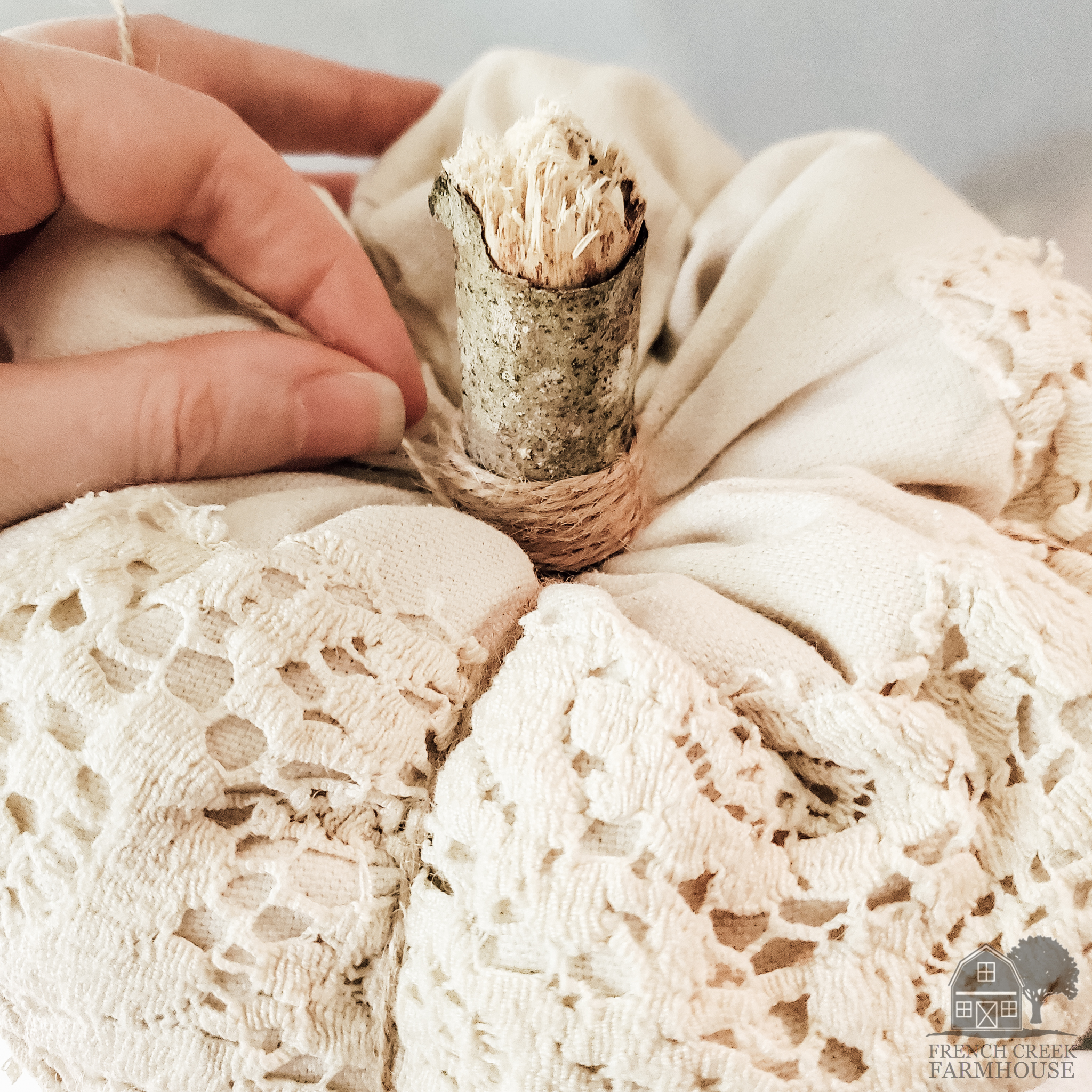 Give the stem a finish look with jute twine