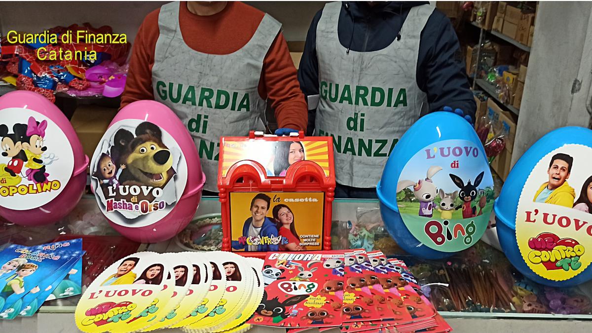 Guardia di Finanza sequestro uova e giocattoli Pasqua