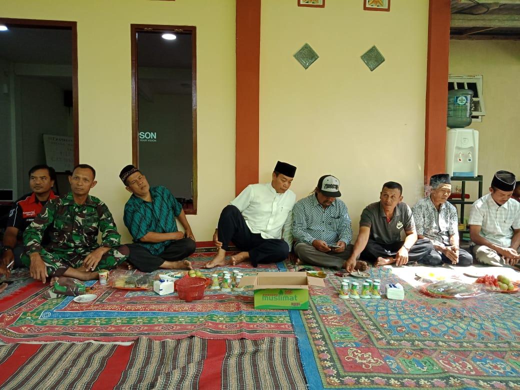 Satgas TMMD 106 Kodim 0818 hadiri undangan Tasyakuran di rumah Kades Kedungsalam