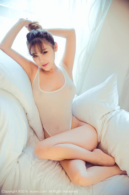 Hot girls Sexy porn chinese model with thin bikini 8
