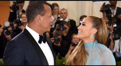 Alex Rodriguez and Jennifer Lopez do the 'flip the switch' challenge and got the world talking