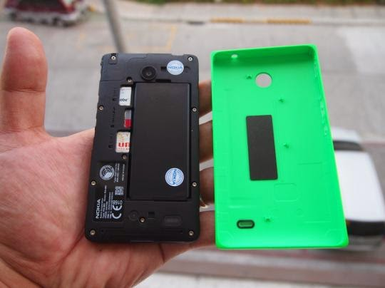 Nokia X Unboxing, Preview And Initial Impression Battery, MicroSD and SIM Slots