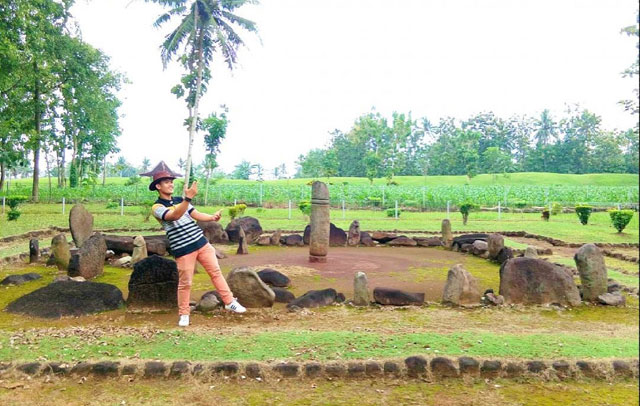 wisata cagar budaya pugung raharjo