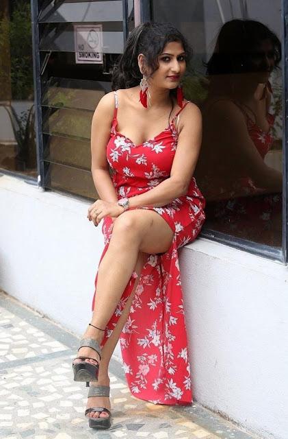 Asmitha Khan Photos