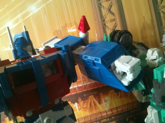 masterpiece ultra magnus transformers sixshot