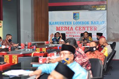 Bupati Lombok Barat Keluarkan SK Penetapan Status Tansisi New Normal
