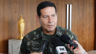 Pró-intervenção militar, general Mourão disputará eleições presidenciais