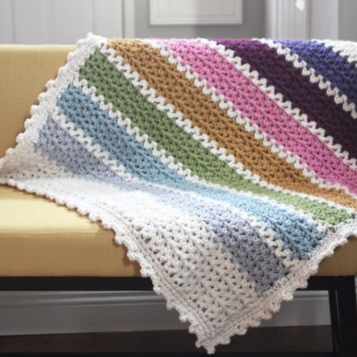 Quick & Easy Chunky Crochet V-Stitch Afghan - Free Pattern