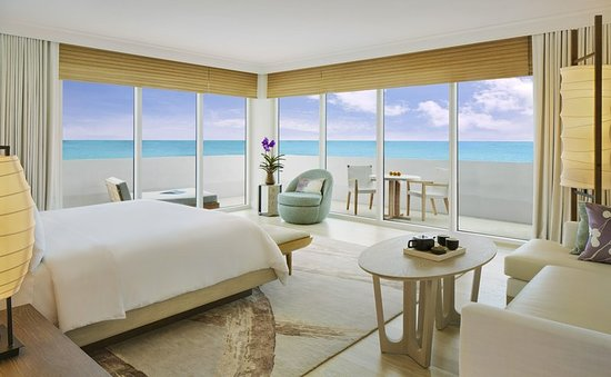Nobu Hotel Miami Beach boasts luxury rooms with added amenities. Ample space for all occasions, weddings, meetings and events.