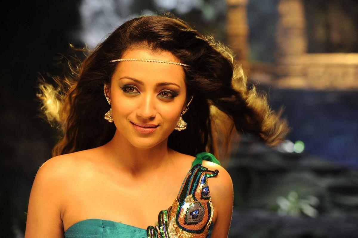 Most Sexiest 100 Sexiest Photos Of Trisha Krishnan Hot ...