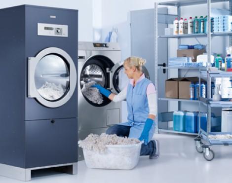 Thiết bị giặt là công nghiệp tốt cho tiệm giặt ở Sài Gòn