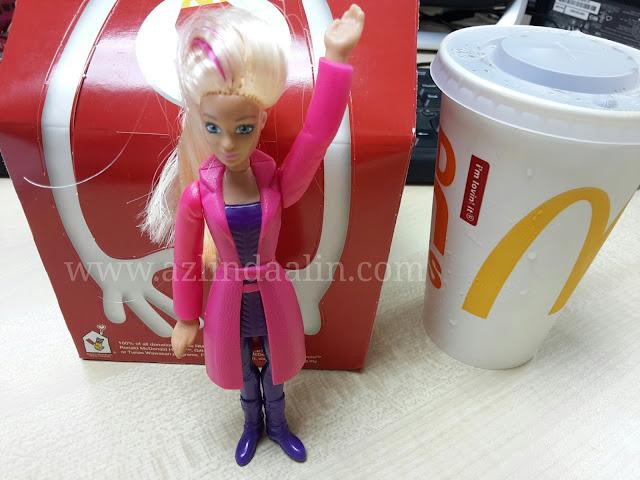 Hadiah Untuk Anak Aari Happy Meal McD Barbie Spy Squad dan HotWheels