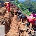 Ratusan Warga Peduli Cegah Banjir  di Bogor Tanam Vetiver