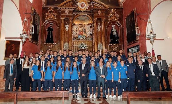 Málaga Femenino y Atlético Malagueño realizan ofrenda y son recibidos en el Ayuntamiento