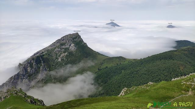 Vista del Recuencu desde el Pico Zorru