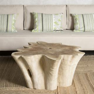 mesa centro redonda de troncos naturales
