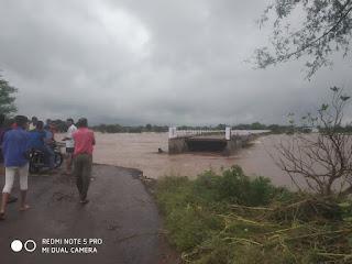 चांद थाना से 10 km दूर बादगाँव पुल हुआ क्षतिग्रस्त, पानी के बहाव से टूट पूल