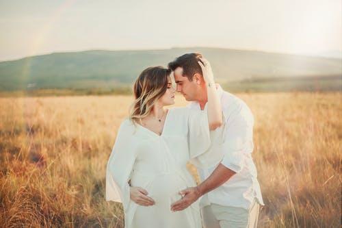 فترة الحمل والولادة
