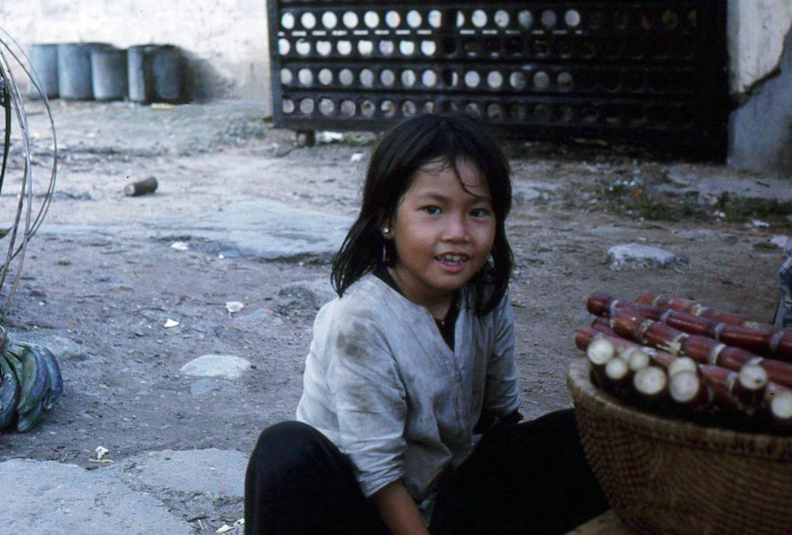 Nụ cười còn mãi theo thời gian của trẻ em miền Nam Việt Nam
