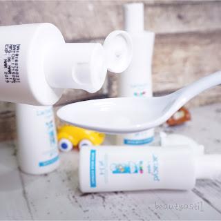 cara-pakai-sabun-mandi-khusus-bayi-lactacyd-baby.jpg