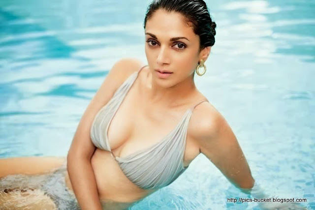 Aditi Rao Hydari  IMAGES, GIF, ANIMATED GIF, WALLPAPER, STICKER FOR WHATSAPP & FACEBOOK