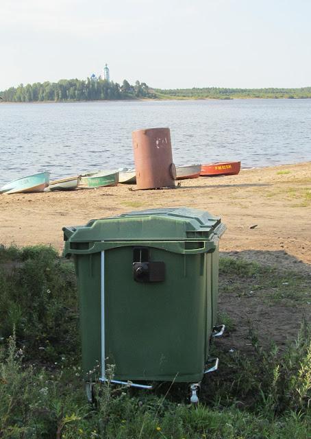 пластиковые контейнеры под мусор