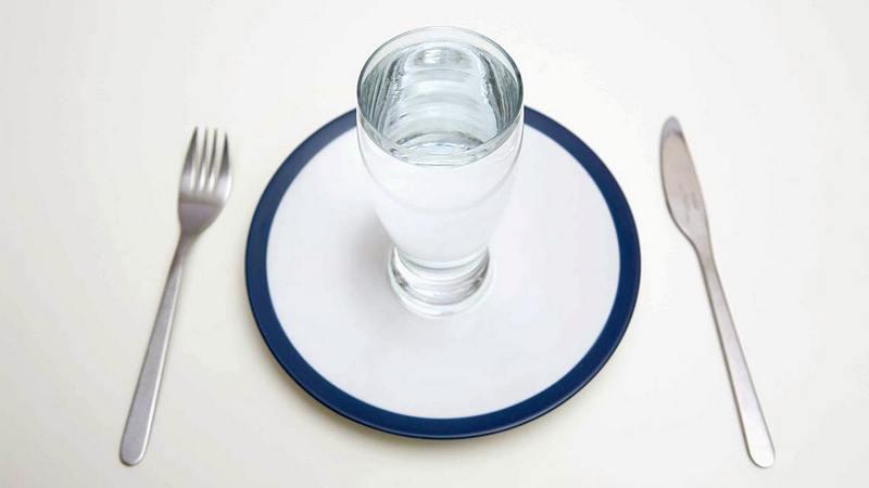 manfaat rajin minum air putih sebelum makan