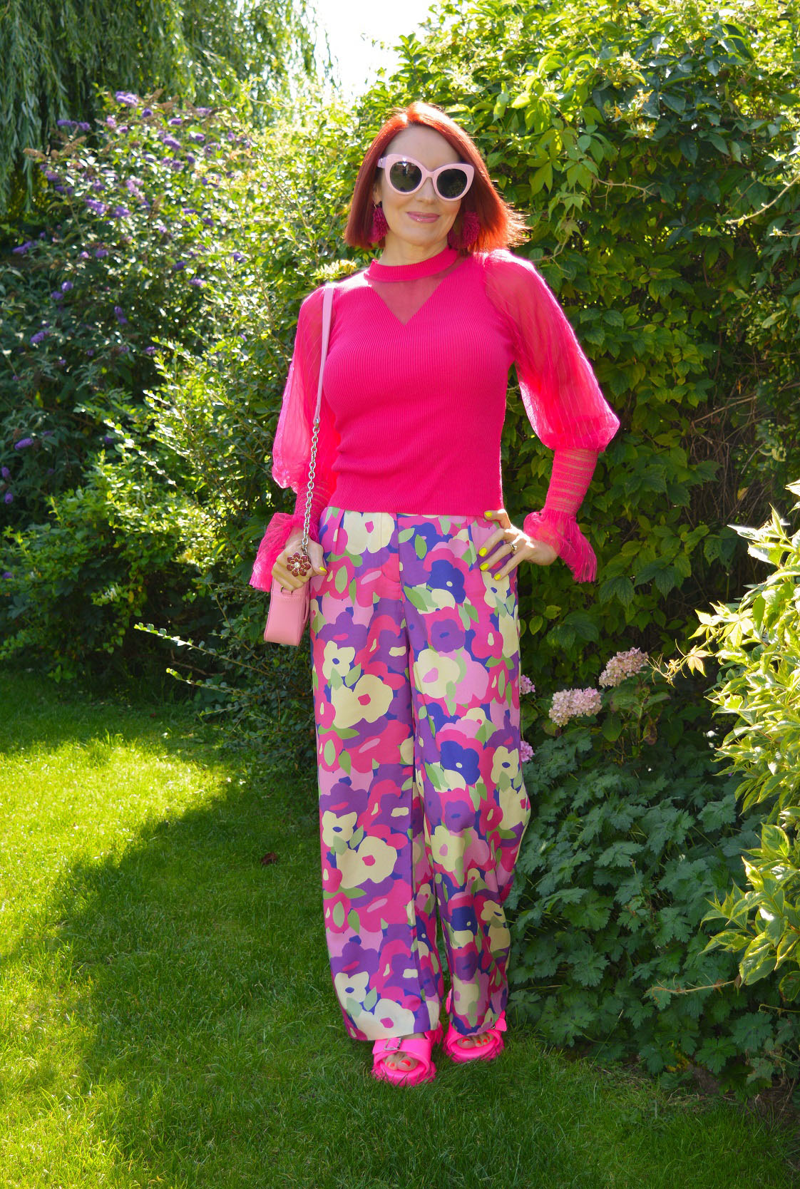 Emma from Stylesplash in neon brights and statement sleeves