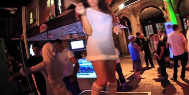 महिला को नाइट क्लब में डांस करना पड़ा भारी, हुई जेल