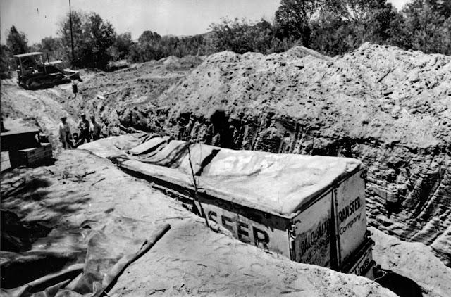 Похороненные заживо: Как похитители из Калифорнии закопали целый автобус с детьми, надеясь на крупный выкуп