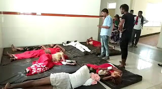 ट्रैक्टर ट्रॉली पलटने से 2 महिलाओं की मौत, 2 दर्जन घायल