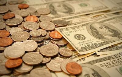 Empat Cara Efektif Memanfaatkan Uang Agar Tetap Kaya