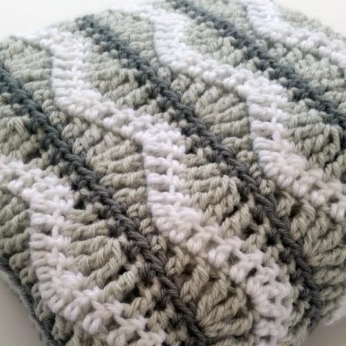 Greyson Baby Blanket - Free Pattern