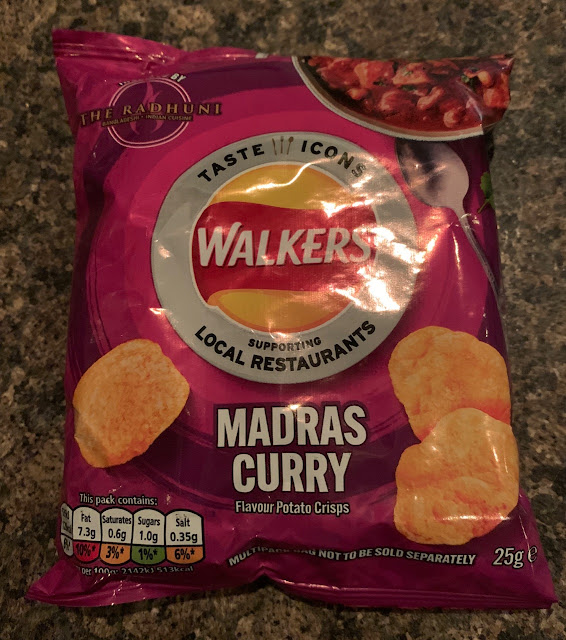 Walker's Madras Curry flavour Crisps