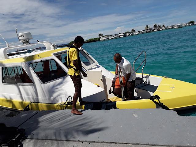 Vacation.Beaches.Palm Tree.Resort.Island resort.Water.Speedboat,maldives hotel under water,Maldives hotel under water, underwater hotels in the Maldives,  underwater hotels Maldives, resorts the Maldives, hotels of Maldives, vacation in Maldives, vacationing in the Maldives, Maldives for vacation, vacation at Maldives, vacation at the Maldives, vacation in the Maldives, vacation Maldives, vacation to the Maldives, vacations Maldives, where Maldives, Maldives at where