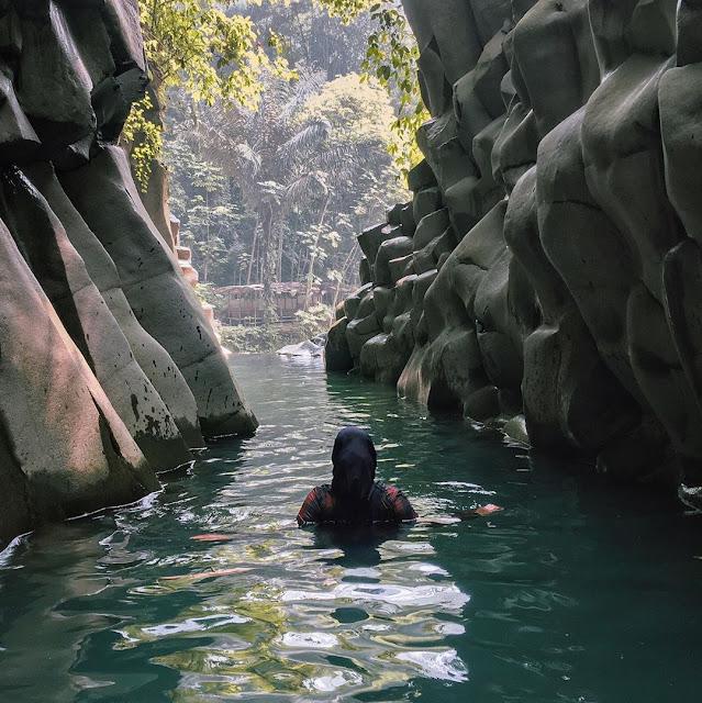 Wisata Alam Curug Cikuluwung Bogor Jawa Barat