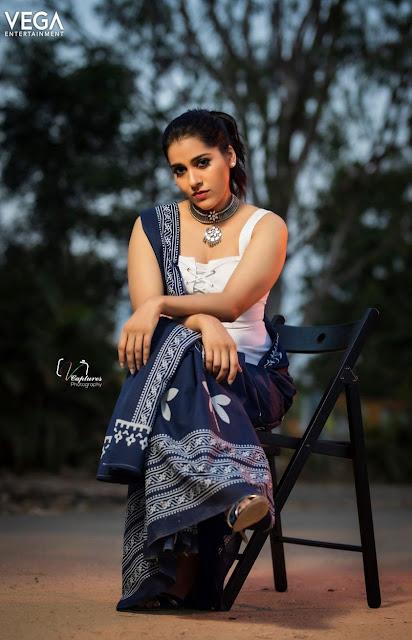 Rashmi Gautam Sexy Dynamic Look Actress Trend
