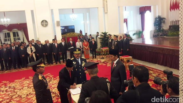Kapolri Idham Azis Resmi Sandang Pangkat Jenderal