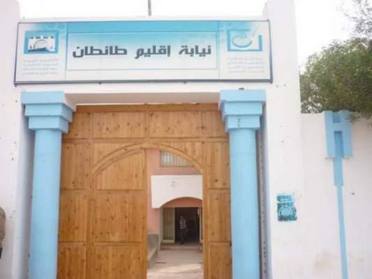 طان طان : اختلالات في بناء مدرسة يؤجج احتجاجات أطرها التربوية ونقابة تدخل على الخط