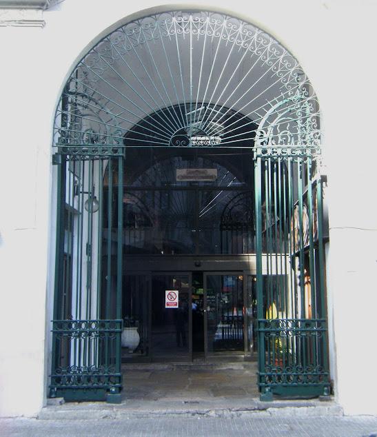 Portão do Mercado do Porto de Montevidéu
